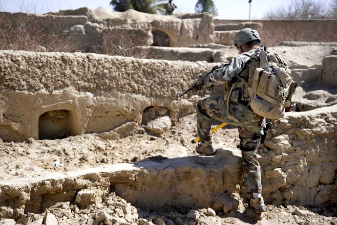 defence21_01.jpg