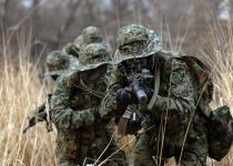 '군사 장비 무게'에 짓눌린 특전사의 전투능력